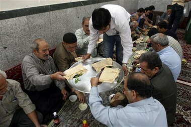 IRAN IRAQ RAMADAN